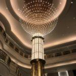 メイプルホテルのシャンデリア。