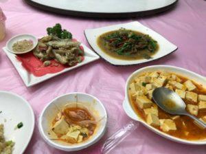 台湾日月潭周辺にある台湾料理やで食べたもの。