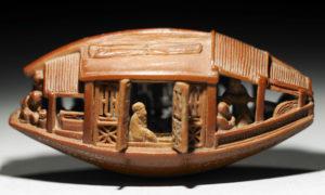 故宮博物院にある宝物のオリーブの種で作られている展示物
